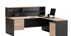 Hugo-Office-Desk_0013